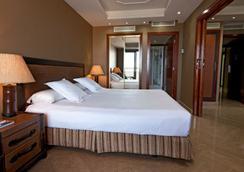 Marina d'Or 5 Hotel - โอโรเพซา เดล มาร์ - ห้องนอน