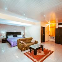 Universal Hotel Enugu