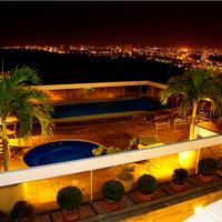 Hotel Millennium Pool