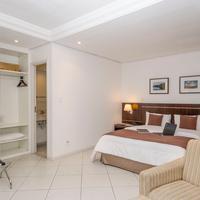 Hotel Millennium Bedroom Overview