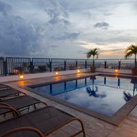 Hotel Adrianópolis All Suites Pool
