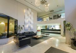 Hotel Adrianópolis All Suites - มาเนาส์ - ล็อบบี้