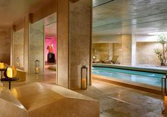 A.Roma Lifestyle Hotel - โรม - สระว่ายน้ำ