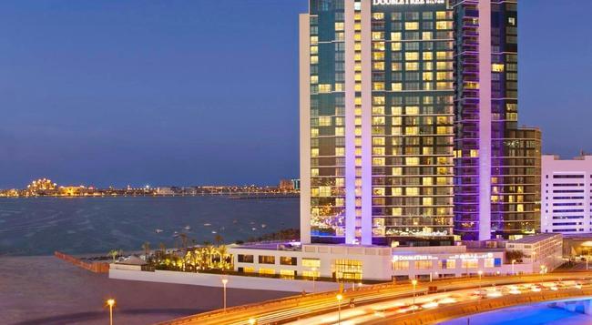 DoubleTree by Hilton Hotel Dubai - Jumeirah Beach - Dubai - Building