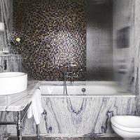 Adria Boutique Hotel Bathroom