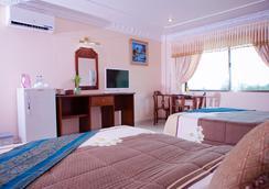 Golden Sand Hotel - สีหนุวิลล์ - ห้องนอน