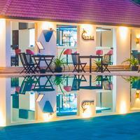 Lotus Blanc Resort Coco Bar