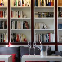 Villa Koegui Biarritz Library