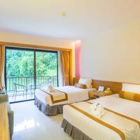 Tinidee Golf Resort at Phuket Guestroom