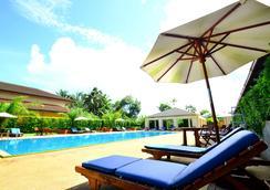 โรงแรมทินิดี แอท ระนอง - ระนอง - สระว่ายน้ำ
