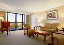 Ontario Airport Hotel and Conference Center - ออนตาริโอ - ห้องนอน