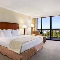 Ontario Airport Hotel Guest room