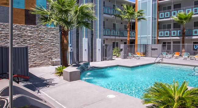 Oasis at Gold Spike - Las Vegas - Building