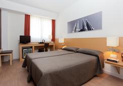 Hotel Sagrada Familia - บาร์เซโลน่า - ห้องนอน