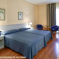 Hotel Monte Puertatierra Habitacion en proceso de reforma