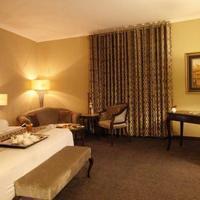 Hospitality Inn Guestroom