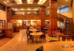 Hotel Deepa Comforts - มังคาลอร์ - ร้านอาหาร