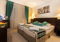 Kleopatra Royal Palm Hotel - อลันยา - ห้องนอน