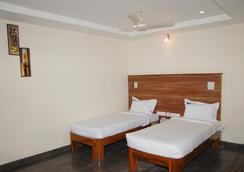 Hotel Slv Grand - ติรูปัติ - ห้องนอน