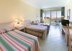 Ifa Buenaventura Hotel - ซาน บาร์โตโลเม เด ติราฮานา - ห้องนอน