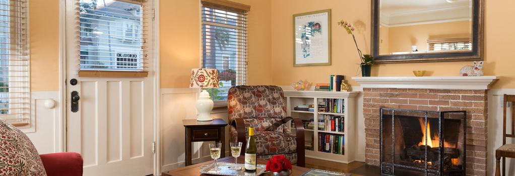 Cheshire Cat Inn - Santa Barbara - Bedroom