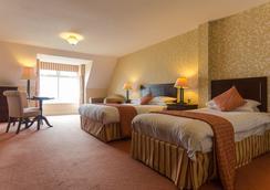 Sandhouse Hotel - โดเนกัล - ห้องนอน