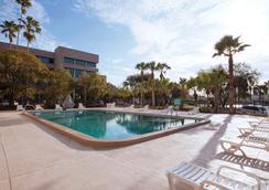 The Barrymore Hotel Tampa Riverwalk - แทมปา - สระว่ายน้ำ