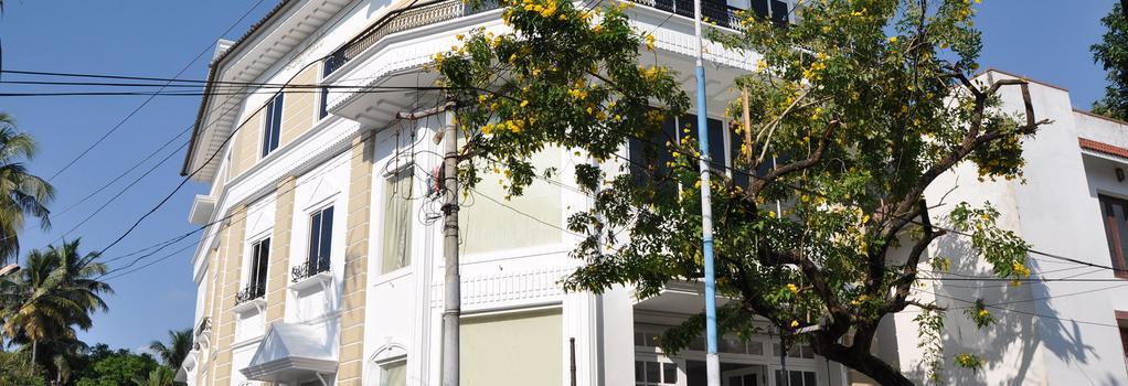 Daffodils Spice Court - Kochi - Building