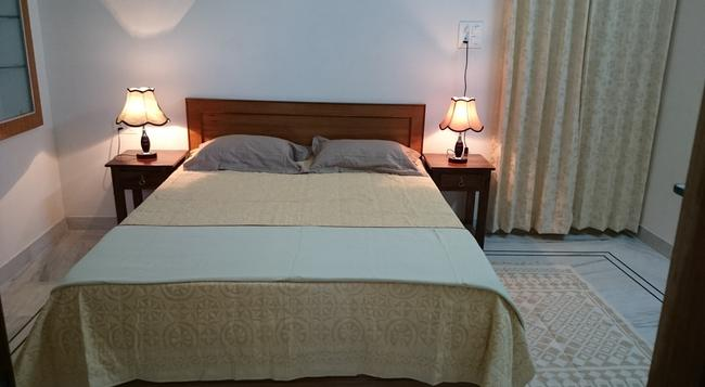 Mayur Homestay - Jodhpur - Bedroom