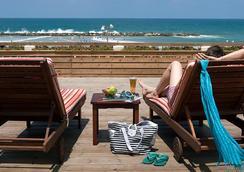 Renaissance Tel Aviv Hotel - เทลอาวี - ชายหาด