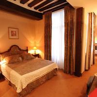 Hotel de la Bretonnerie Guestroom