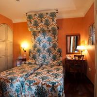 Hotel Vecchio Borgo twin room