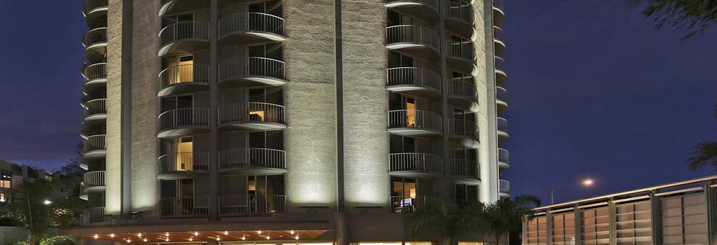 Hotel Angeleno - Los Angeles - Building