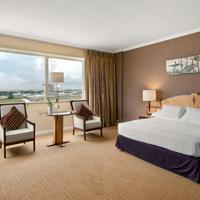 Hilton Paris Charles De Gaulle Airport Guestroom