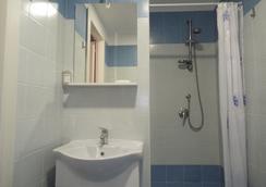 B&B In giro per Napoli - เนเปิลส์ - ห้องน้ำ