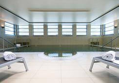 Eurostars Grand Central - มิวนิค - สระว่ายน้ำ