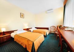 Hotel T&T - พอซนาน - ห้องนอน