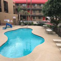 Travelers Inn Pool