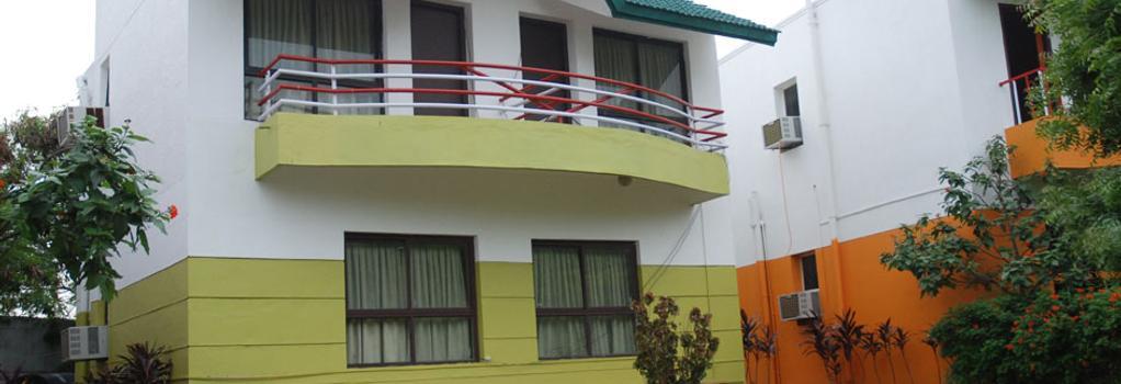 Hotel Beach Park Club and Resorts - Chennai - Building