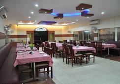 Fabhotel Beach Park Resort - เชนไน - ร้านอาหาร