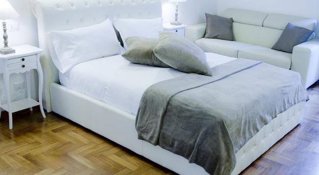 3 Inn Ripetta - Rome - Bedroom