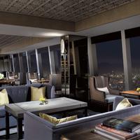The Ritz-Carlton Hong Kong Guestroom