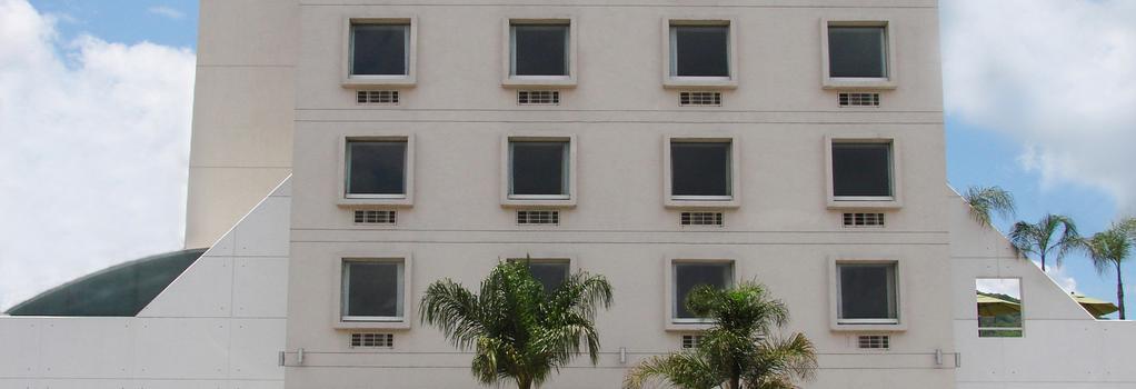 Turotel Morelia - Morelia - Building