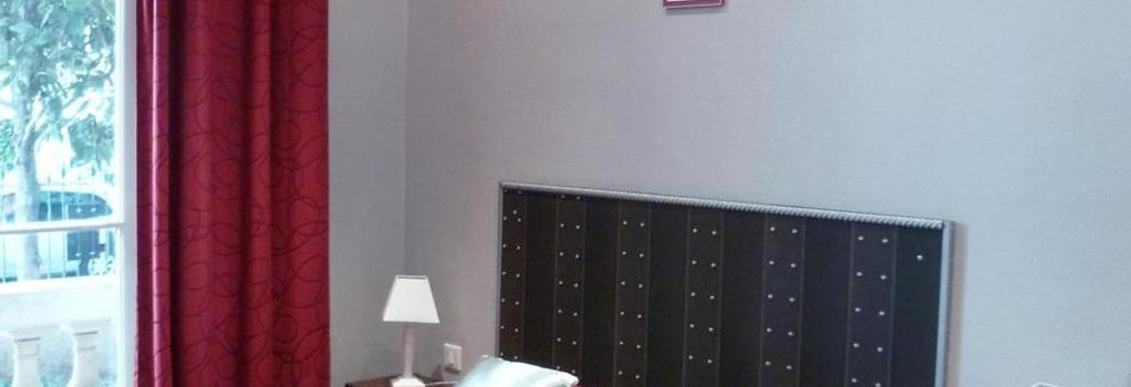 Hotel Victor Hugo - Nice - Bedroom