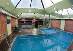 Primacy Apart Hotel - มาร์ เดล พลาตา - สระว่ายน้ำ