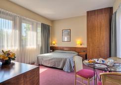 Hotel Petra - โรม - ห้องนอน