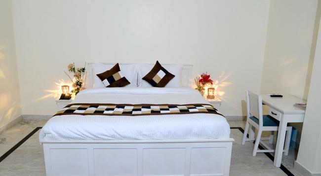 Hotel Dior Jaipur - Jaipur - Bedroom
