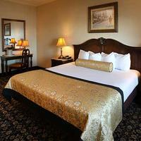 The Claridge A Radisson Hotel Guestroom