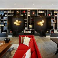 citizenM Tower of London Lobby