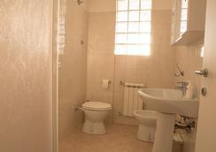 Home Sweet Home - ปิซา - ห้องน้ำ